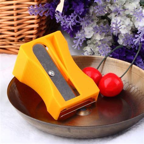 Carrot Cucumber Sharpener Peeler Slices Kitchen Tool Pengupas Wortel the best julienne gadget of 2015 a carrot cucumber sharpener peeler julienne peeler