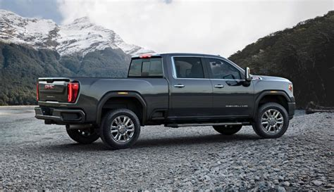2020 Gmc 2500hd Styles by 2020 Gmc Hd Is Here With 30 000 Lbs Of Towing