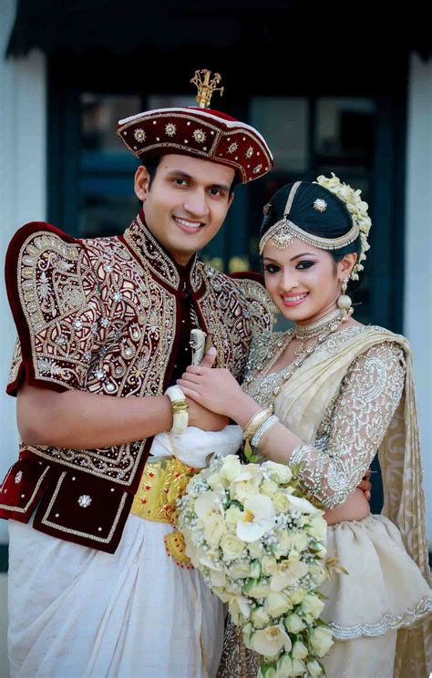 Sri Lankan Wedding by Traditional Wedding In Sri Lanka Wedding Dresses Dressesss
