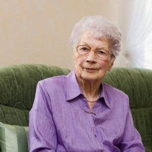 old grandma hairstyles curly 1000 images about grandma haircut options on pinterest