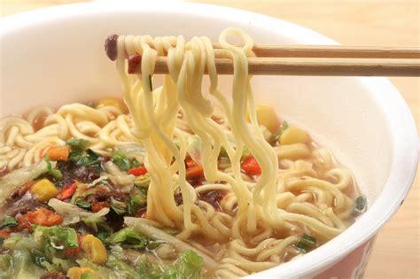 cucinare ramen ramen la ricetta per preparare il ramen