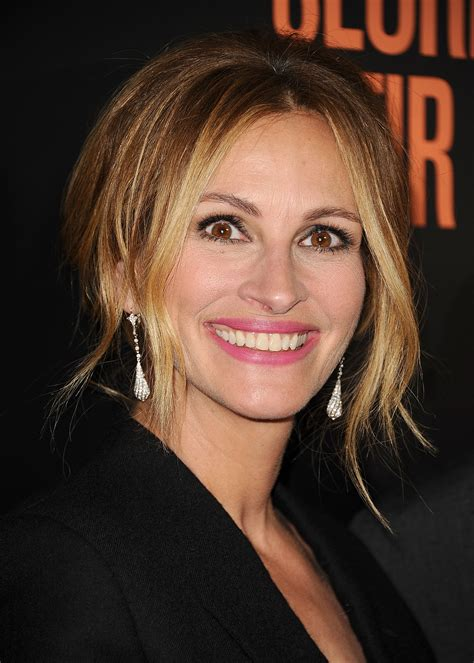 Closer Sweepstakes - julia roberts is making christmas all about family following her mother s death