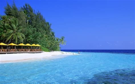 blue water beach wallpapers hd wallpapers id