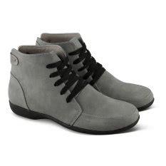 Sepatu Boots Wanita Abu jual berbagai boots wanita terbaru lazada co id
