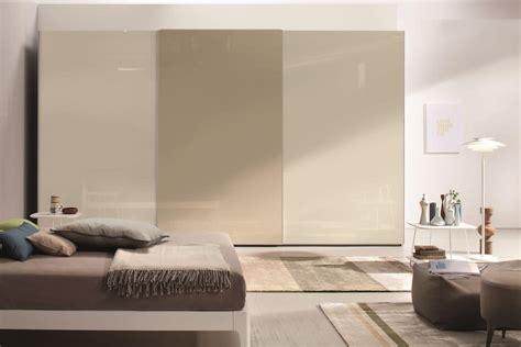 armadi camere da letto moderne armadio a porte scorrevoli per camere da letto moderne
