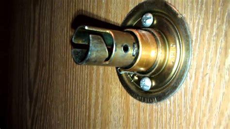 Tighten Door Knob how to tighten a door knob