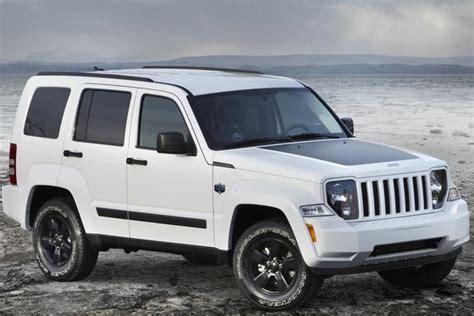 jeep van 2014 2012 jeep liberty vs 2014 jeep cherokee autotrader