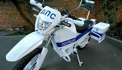 Elektro Motorrad Video by Kalaschnikow Baut Jetzt Auch Elektro Motorr 228 Der Bilder