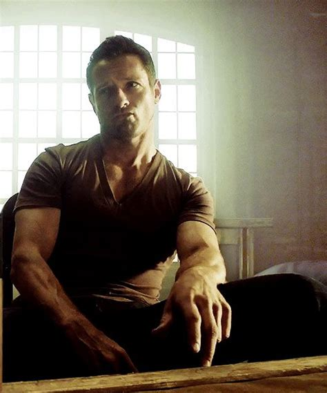 wallpaper kartu remi hitam the gallery for gt peter hale shirtless season 4