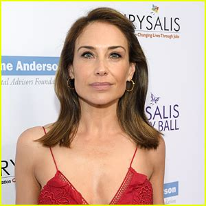 claire forlani on weinstein claire forlani reveals harvey weinstein attempted to