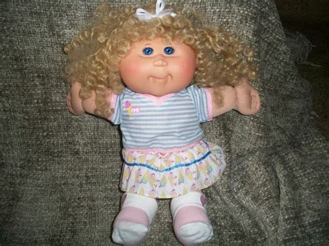 how to make cabbage doll hair styles cabbage patch kid w blue eyes blonde curly corn silk