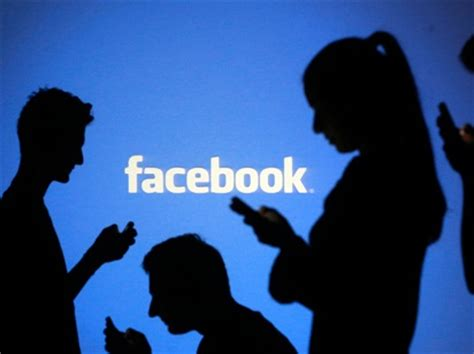 fb late facebook s stock price is falling today