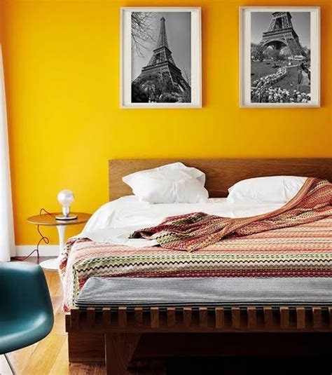 yellow accent wall bedroom pared amarilla deco pinterest bedrooms room and