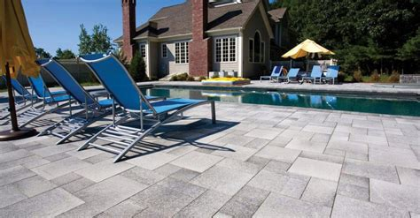 Unilock Umbriano Umbriano 174 Outdoor Living By Mr Mulch