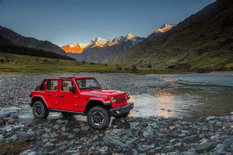 safari jeep front 2018 jeep wrangler grille hides in plain sight in easter
