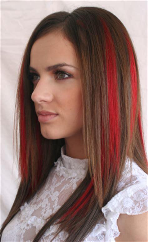 color or streaks in jlos hair red streak hair chalk color fun hair colors pinterest