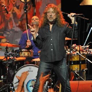 Owen Wilson Bears The Scars Of Bid by Robert Plant Gets Teary Led Zeppelin Tribute In