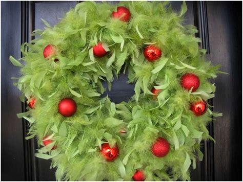 design love fest unique wreath 10 unique christmas wreath ideas that you ll love to try