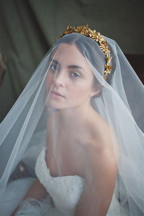 2015 hottest headband trends picture of the hottest 2015 wedding trend golden bridal