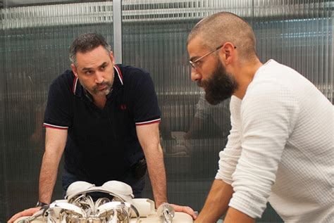 ex machina director oscar isaac reteams with ex machina director alex