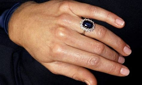 Wedding Ring Kate Middleton by 10 Facts Kate Middleton S Engagement Ring