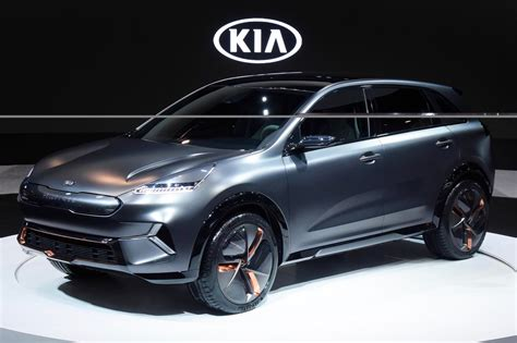 kia electric car uk kia s future includes self driving cars more electrified