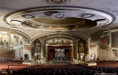 A Place In Theaters Loew S Palace Theatre