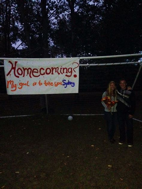 homecoming themes play cutest way to ask a girl to homecoming if she plays soccer