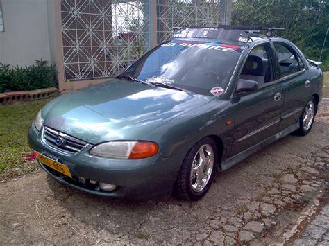 Hyundai Elantra 1996 by Tole Avante 96 1996 Hyundai Elantragls Sedan 4d Specs