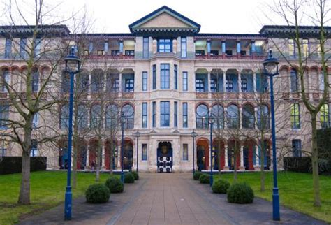 Jbs Cambridge Mba by Cambridge Launches Sustainable Investment Initiative Varsity