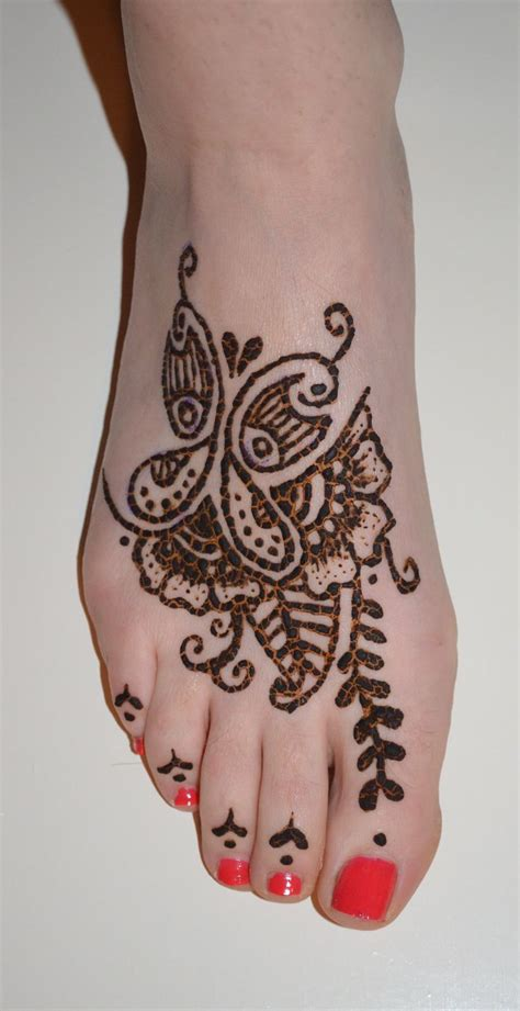 henna tattoo butterfly designs 44 best butterfly henna tattoos images on pinterest