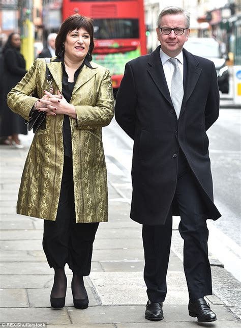 michael cera vine nice jacket sarah vine on her outfit for jerry hall s wedding to