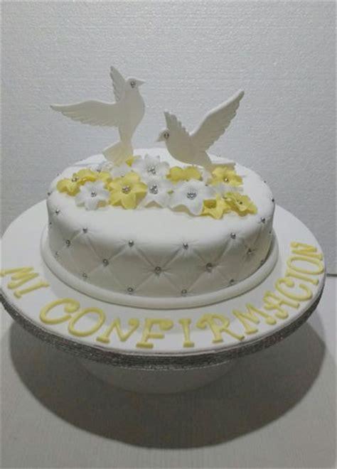 adornos de confirmacion para tortas hermosas decoraciones de tortas para confirmacion en fotos