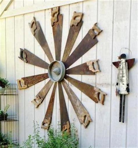 katrinas garden art  recycled saws flea market