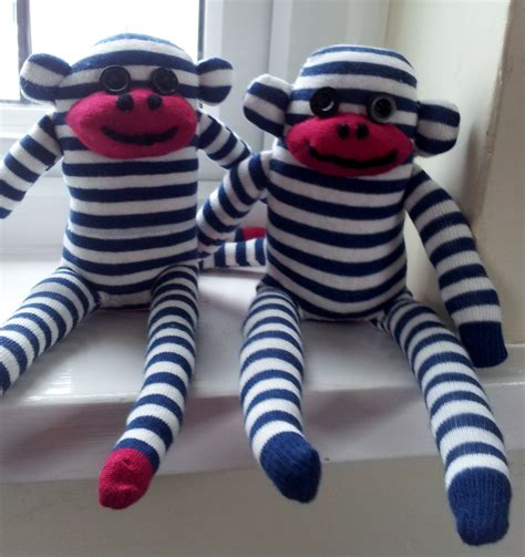 build a sock monkey 2015 how to make a sock monkey thestitchsharer