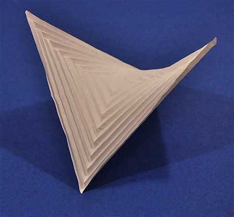 Hyperbolic Origami - how to fold a hyperbolic paraboloid