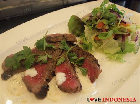 Lidah Sapi Ausi Beef Tongue menikmati daging sapi wagyu halal asal australia selama bulan ramadhan indonesia