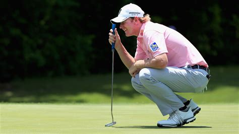 brandt snedeker swing brandt snedeker reunited with trusty putter in time for