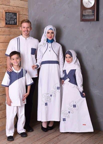Baju Muslim Keluarga Kecil 22 Contoh Baju Muslim Keluarga Terkini 2017 2018 Model Baru