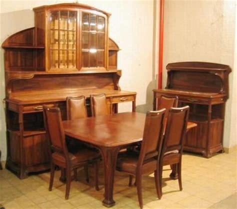 salle à manger style art nouveau