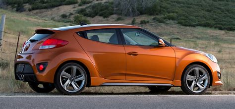 nissan veloster battle of the asian bantams hyundai veloster and nissan
