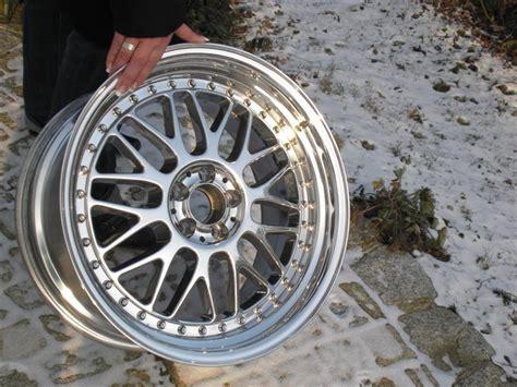 Radfelgen Polieren by Alufelgen Selber Polieren Bremsen Felgen Und Reifen