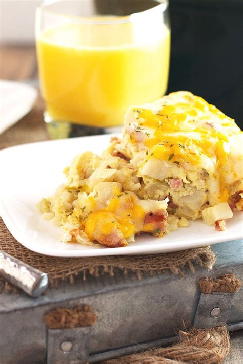 potatos egg slow cooked cooker sausage and potato breakfast casserole countryside cravings