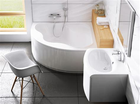 eckbadewanne mit dusche wobaki design eckbadewanne mit dusche 140 x 140 cm