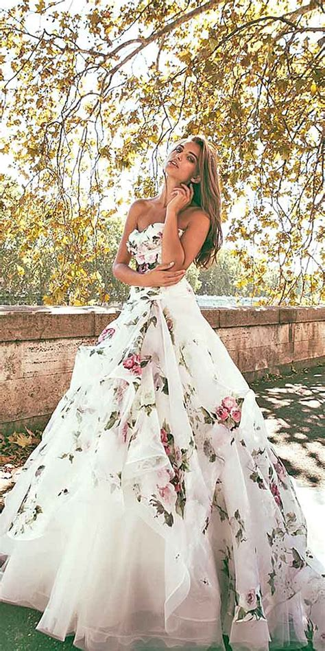 Flower Dress Wedding by Beautiful Non Traditional Wedding Dress Ideas 13 Vis Wed