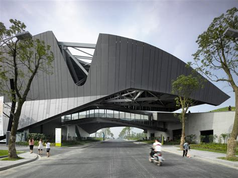 Non Open Floor Plans morphosis architects giant interactive group corporate
