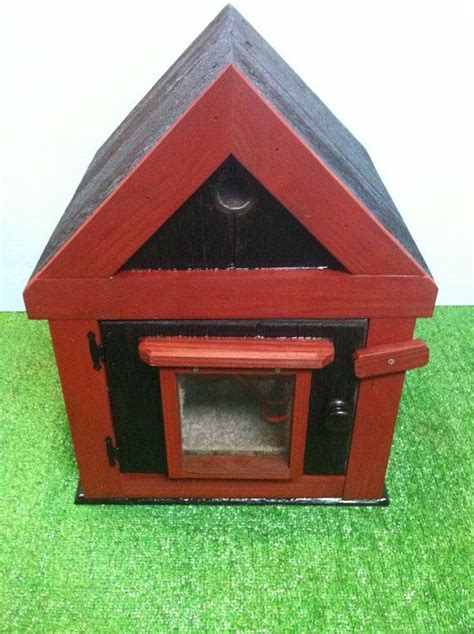 Outdoor Heat L For Cats by Best 25 Heated Outdoor Cat House Ideas On