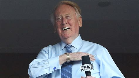 bryan cranston vin scully espys 2017 dodgers announcer vin scully to be honored