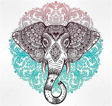 Elefante de tribal vetor com ornamentos tribais ? Vetor de