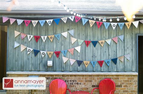 make an easy paper pennant banner borealis